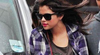 Selena Gomez Dekati Teman Dekat Justin Bieber