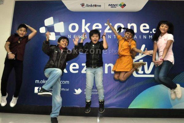 finalis Idola Cilik 2013 (dari kiri: Bagas, Gilang, Diva, Novi, dan ...