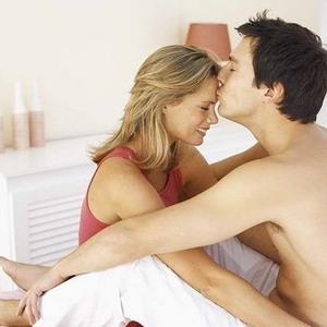 Fantasi Seks Ampuh Nyalakan Gairah Bercinta