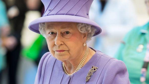 Radang Lambung, Ratu Elizabeth II Dirawat di RS