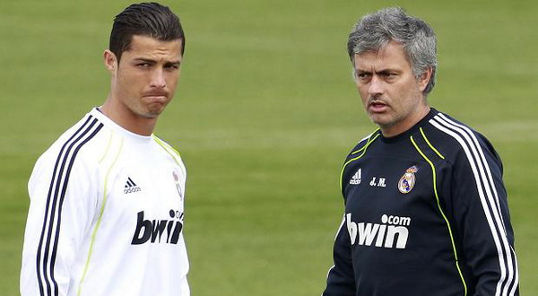 Cristiano Ronaldo dan Jose Mourinho. (Foto: The Sun)