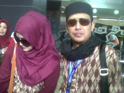 Uje: Wanda Hamidah Niat Umrah Sebelum Kasus Penangkapan