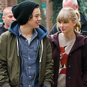 Taylor Swift Putuskan Harry Styles karena Cium Wanita Lain