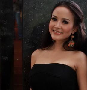 Bebas dari Penjara, Cynthiara Alona Gelar Syukuran