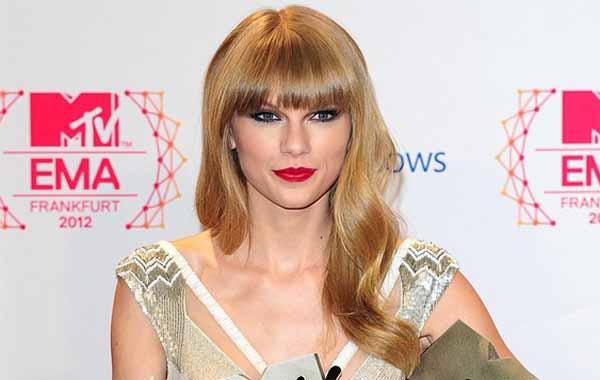 Sering Gonta Ganti Pasangan, Taylor Swift Masih Perawan?