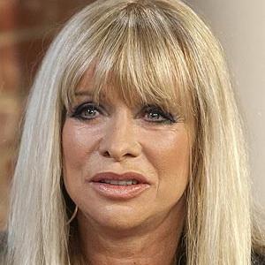 Bekas Istri Gitaris Rolling Stones Pernah Beri Narkoba kepada Anak