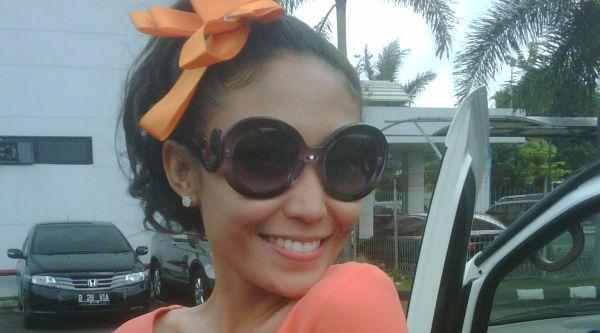 Jessica Iskandar Ingin Hadiahi Anak Ayu Dewi Kue Cucur