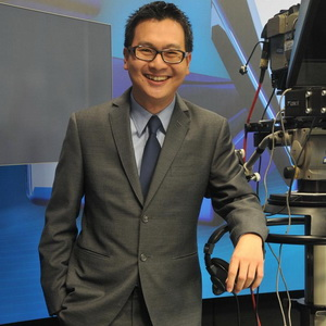 Michael Tjandra Deg-degan Pertama Kali Jadi News Anchor