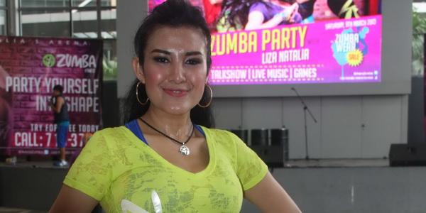 Liza Nathalia Ingin Bikin Film tentang Zumba