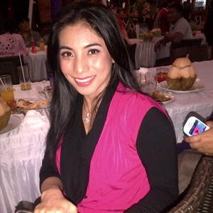 """Siti """"KDI"""" Balik ke Turki Usai Melahirkan"""