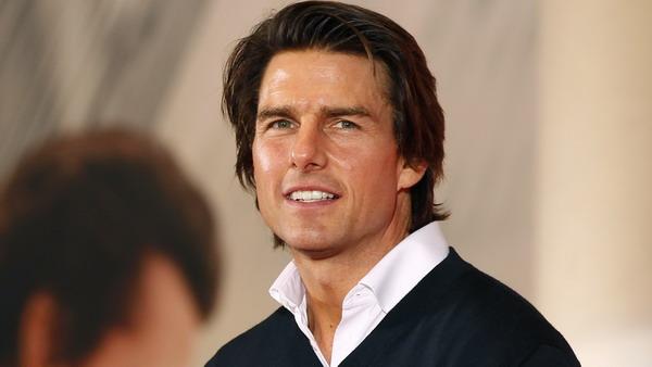 Jatuh Cinta, Tom Cruise Masih Ragu Pacari Olga