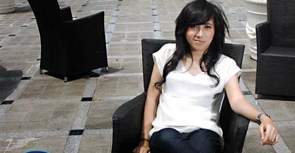 "Anji Larang Dera ""Idol"" Pacaran"