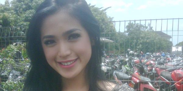 Jessica Iskandar Ingin Jadi Host Dahsyat Sampai Tua
