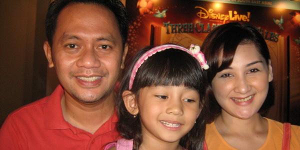 Mona Ratuliu ingin anaknya menjadi penyanyi