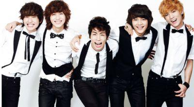 "Jonghyun ""SHINee"" Alami Kecelakaan"