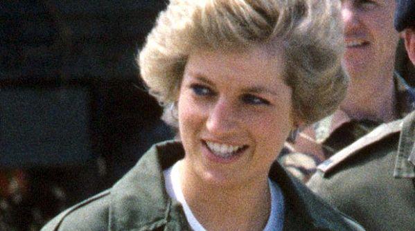 Freddie Mercury Pernah Selundupkan Lady Diana ke Klub Gay