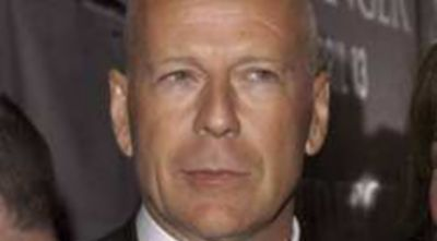 Bruce Willis Ingin Jadi Musuh James Bond
