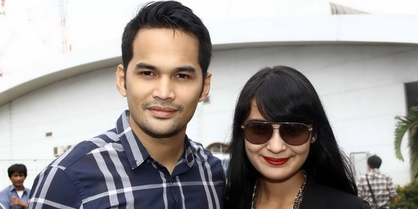 Teuku Wisnu-Shireen Sungkar Nikah 10 November 2013