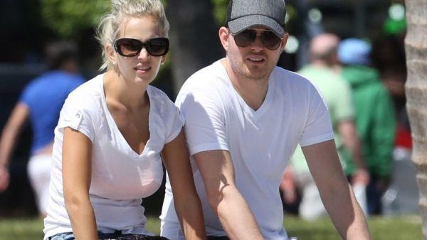 Michael Buble Ingin Anaknya seperti David Beckham