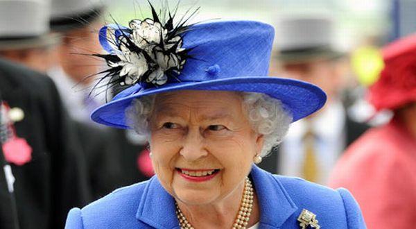 Foto : Ratu Elizabeth (Telegraph)