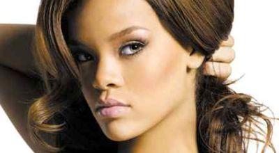 Rihanna Jadi Korban Kejahilan Orang Asing