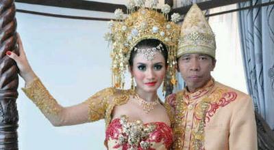 Kiwil dan penyanyi dangdut (Foto: ist)