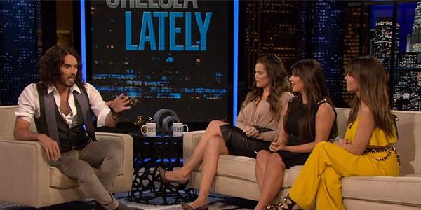 Russell Brand Tertarik Tiduri Tiga Kardashian Bersaudara