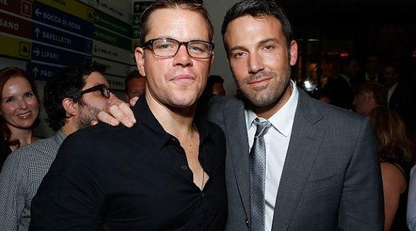 Cium Matt Damon, Ben Affleck Cemburui Michael Douglas
