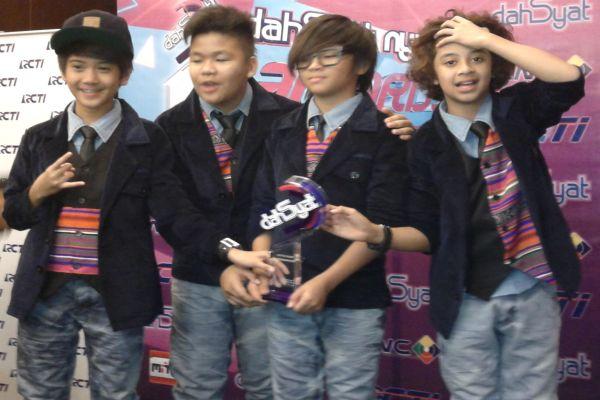 "Kiki ""Coboy Junior"" Sulit Belajar Jelang UN"