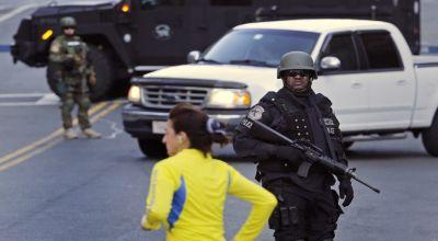 Polisi Amankan Lokasi Bom boston (Foto: AP)