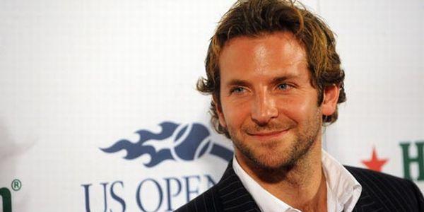 Bradley Cooper Masih Tinggal Serumah dengan Ibunya
