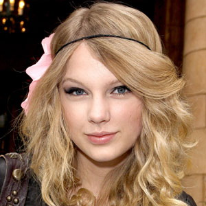 Taylor Swift Coba Goda Suami Faith Hill?