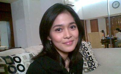 Cuek, Gracia Indri Pasrah Cari Cowok