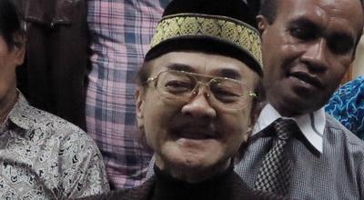 """""""Eyang Subur Siap Ceraikan Empat Istrinya, Demi Tuhan!"""""""