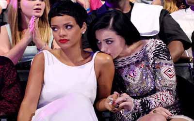Rihanna Ingin Sekali Dipukul Katy Perry