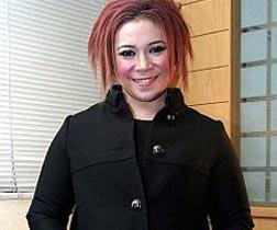 Melly Goeslaw & Novita Anggie Kehilangan Uje