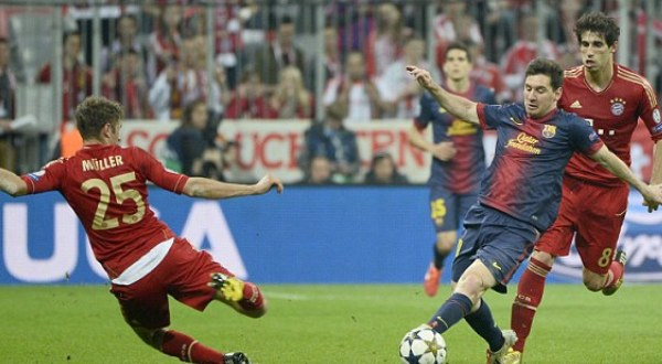 Pertandingan leg pertama Bayern Munich vs Barcelona (Foto: Reuters)