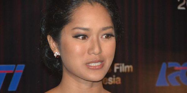 Prisia Nasution Berubah Jadi Tukang Ngambek
