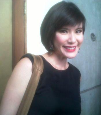 Olga Lidya Masih Rajin Sambangi Sekolah Akting