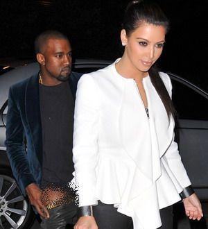 Hamili Kim Kardashian, Kanye West Cuek Diisukan Gay