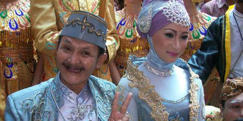 Ki Daus dan istri (foto: ist)