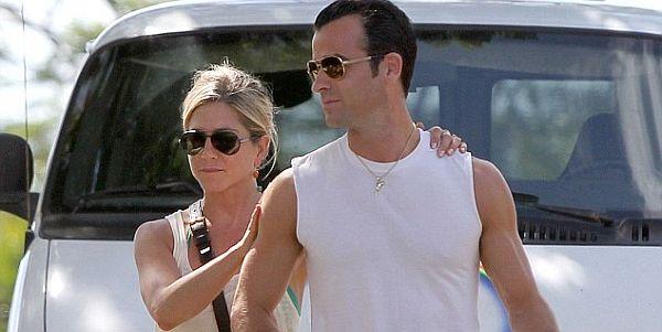 Pesta Bujang, Justin Theroux Nikahi Jennifer Aniston Bulan Ini?