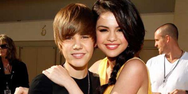 CLBK dengan Justin Bieber, Selena Gomez Acuhkan Taylor Swift