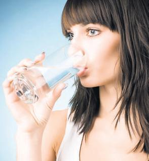 Tiga Fakta Penting Anda Wajib Minum Air Putih