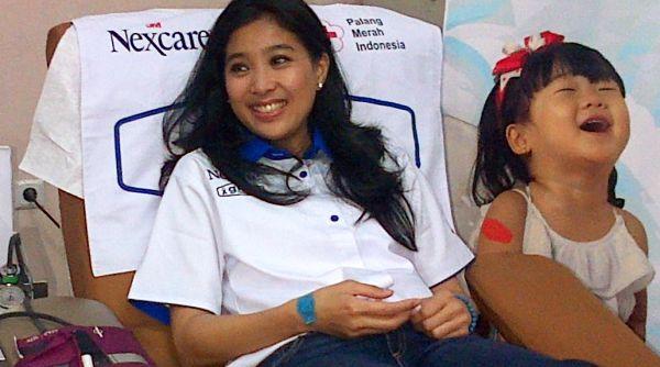 Rajin Donor Darah, Olivia Zalianty Merasa Berguna