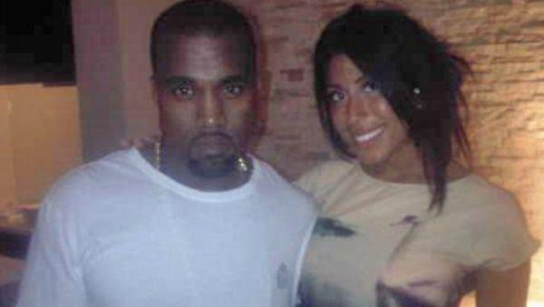 Kanye West Bantah Selingkuhi Kim Kardashian