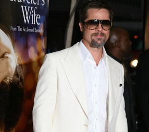 "Promosi World War Z, Brad Pitt Diwawancarai Tiffany ""SNSD"""