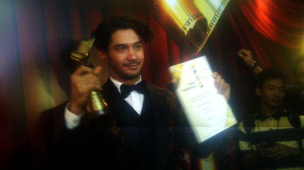 Reza Rahardian Main Film Lagi, Akhir Tahun