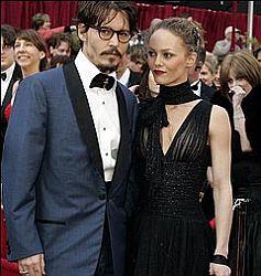 Johnny Depp Jelaskan Perpisahannya dengan Vanessa Paradis