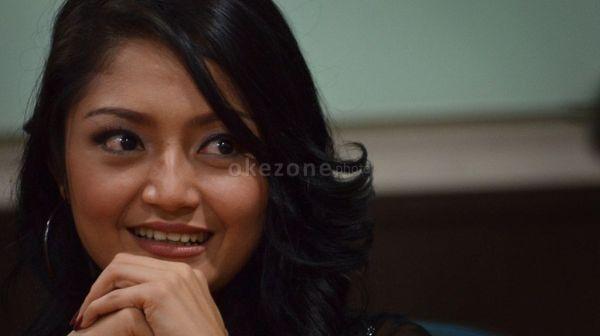 Siti Badriah Gak Masalah Jadi Artis Sensasional